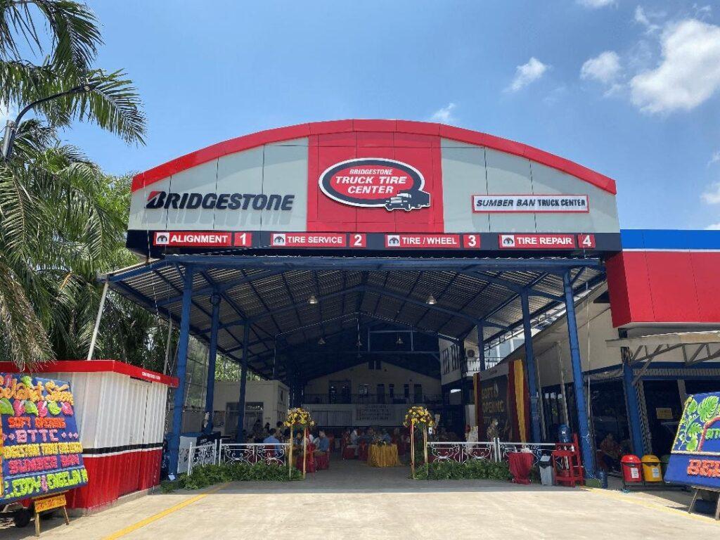 Bridgestone Truck Tire Center di Palembang